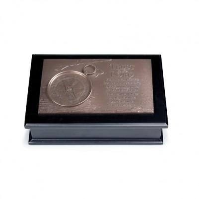 Compass Sculpture Box